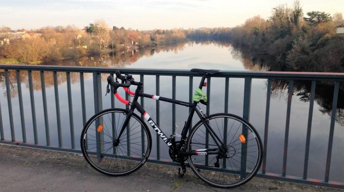 basic-house-bike-with-river-2-custom